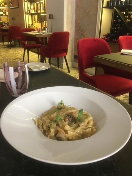 Torino: al Cornoler piatti gourmet rispettando la stagionalità e per finire dolci intriganti