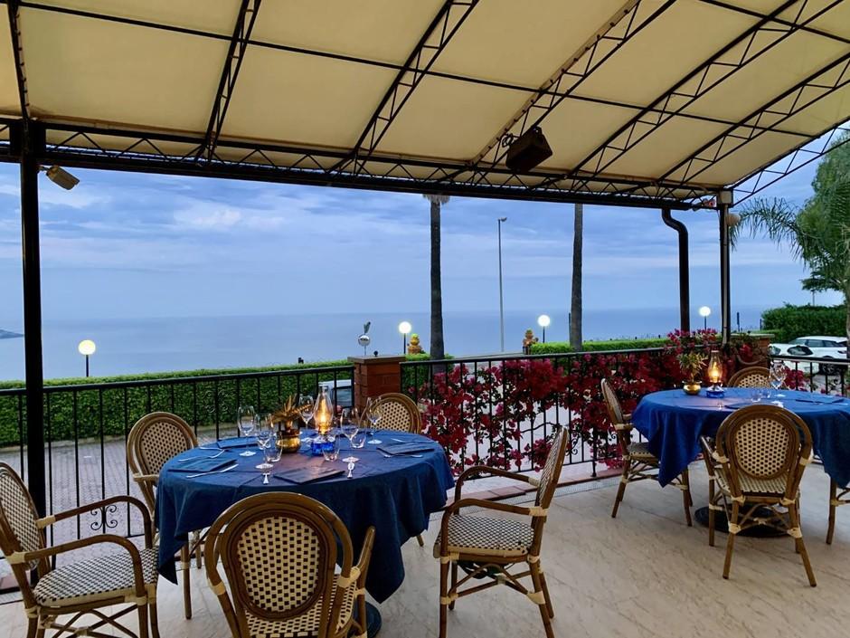 Sanremo: da Ulisse per mangiare in terrazza con splendida vista sul golfo della città dei fiori