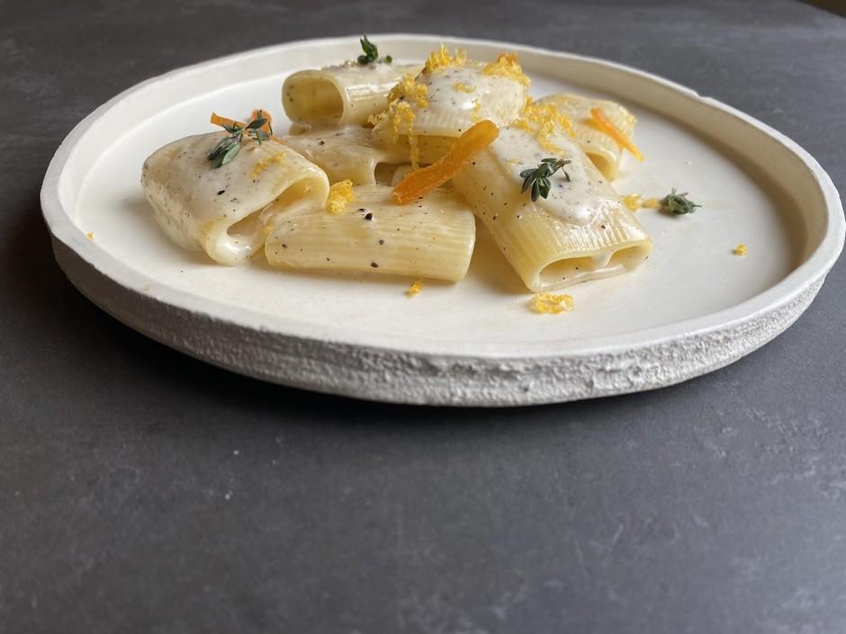 Verso il Carbonara Day: 8 proposte creative di un piatto famoso in tutto il mondo