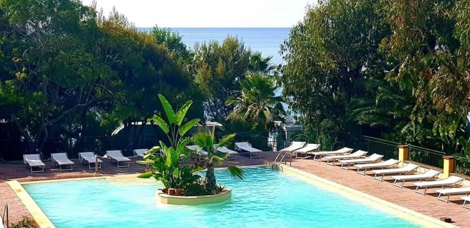 Sanremo: al Villaggio dei Fiori per un soggiorno nel verde, gustando i sapori della cucina ligure di mare