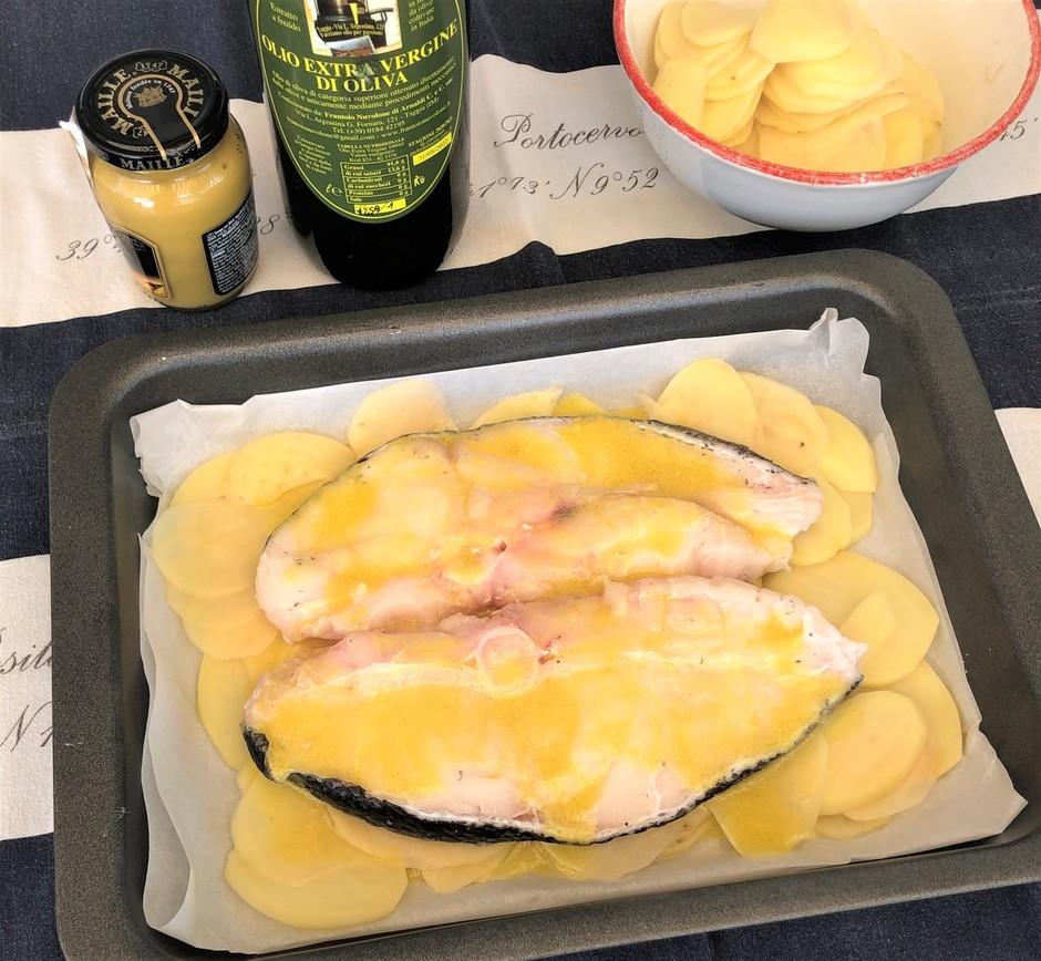 Cucinare col miele: Filetti di Ricciola con Senape in crosta di patate