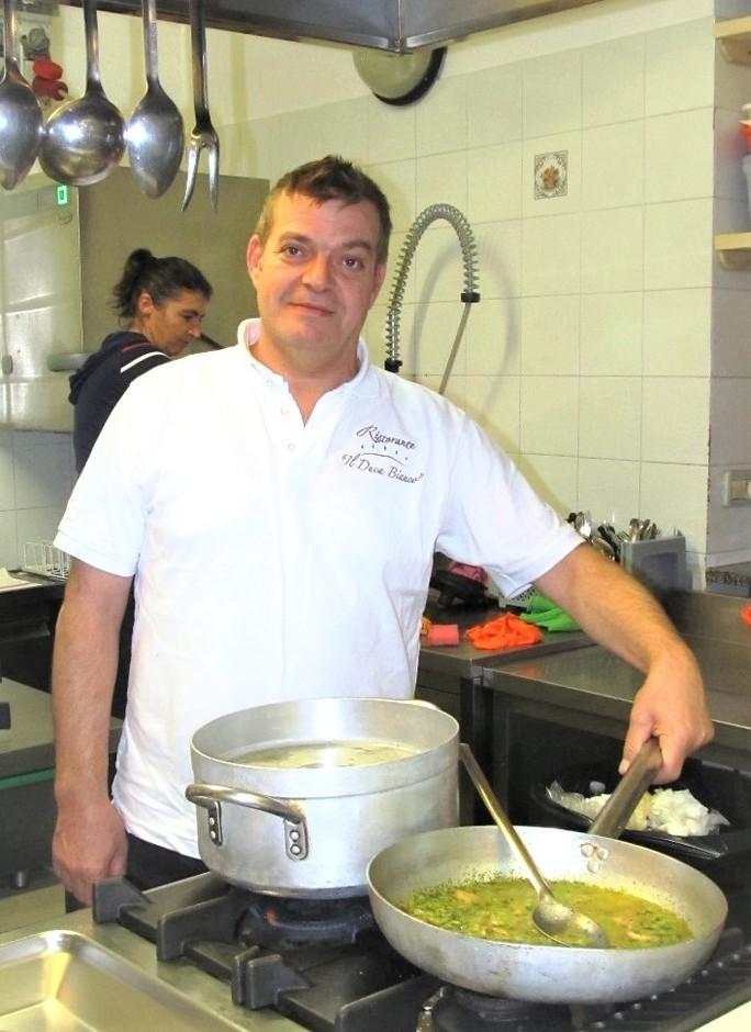 Lo chef Vito Nolè (foto archivio scattata prima dell'emergenza Covid-19)