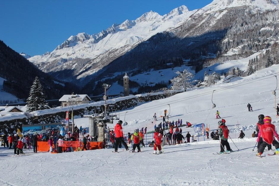 Il Canton Ticino  pensa allo sci: aperta la prevendita della Ski Card Leventina 2021/22
