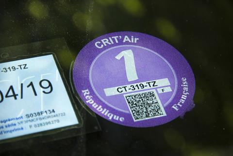 A Nizza, Cannes e Antibes obbligatoria la vignette CRIT'Air sulle auto. Blocchi in caso di inquinamento dell'aria
