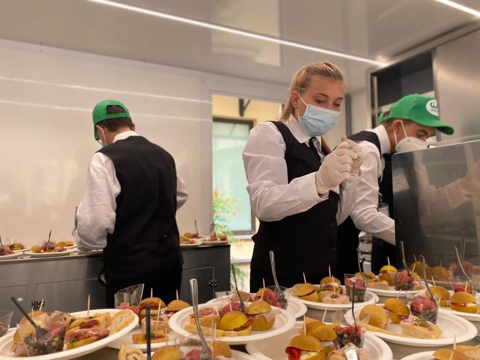 Douja d'Or: l'Agrivan Gourmet della Cia di Asti e dell'Istituto Penna mette in vetrina le specialità delle aziende associate