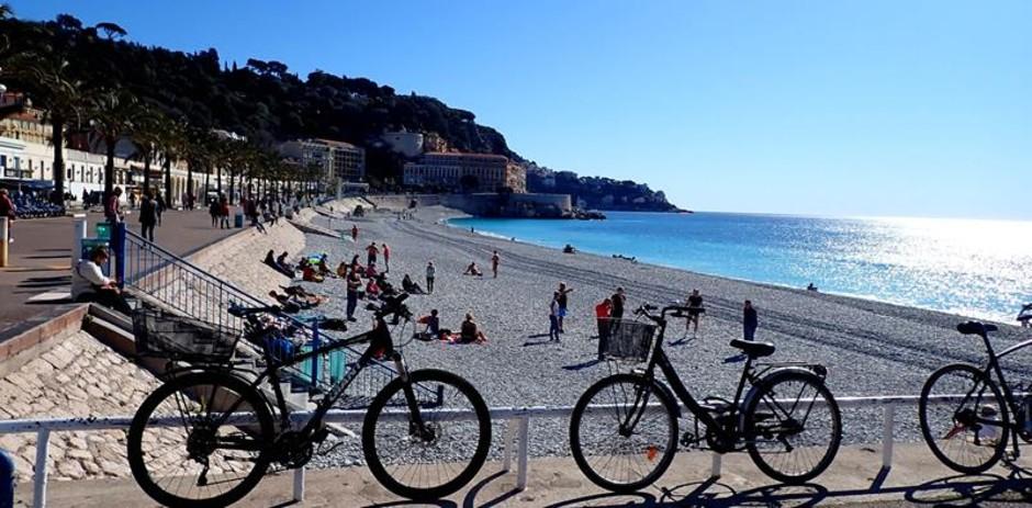 Costa Azzurra: le nuove regole per chi si reca in spiaggia