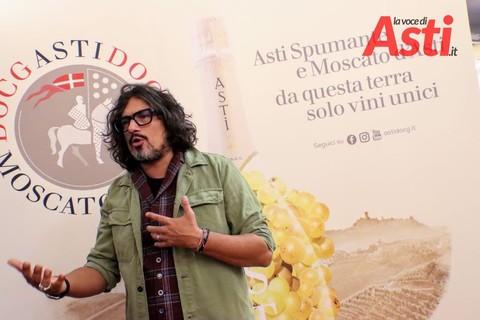 """Lo chef Alessandro Borghese racconta: """"Gli astigiani come il tortino dal cuore caldo. Quando scopri l'interno, ti emozioni"""" (INTERVISTA)"""