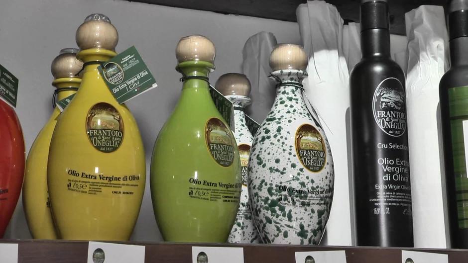 Tutti i sapori e saperi dell'olio extravergine di oliva del Frantoio Sant'Agata di Oneglia (IM)