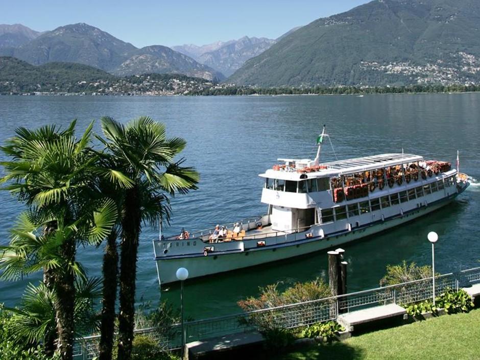 Assolutamente da provare l'emozione di una visita del lago Maggiore in battello