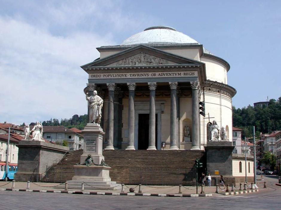 Torino: alla scoperta della Gran Madre e delle sue anime