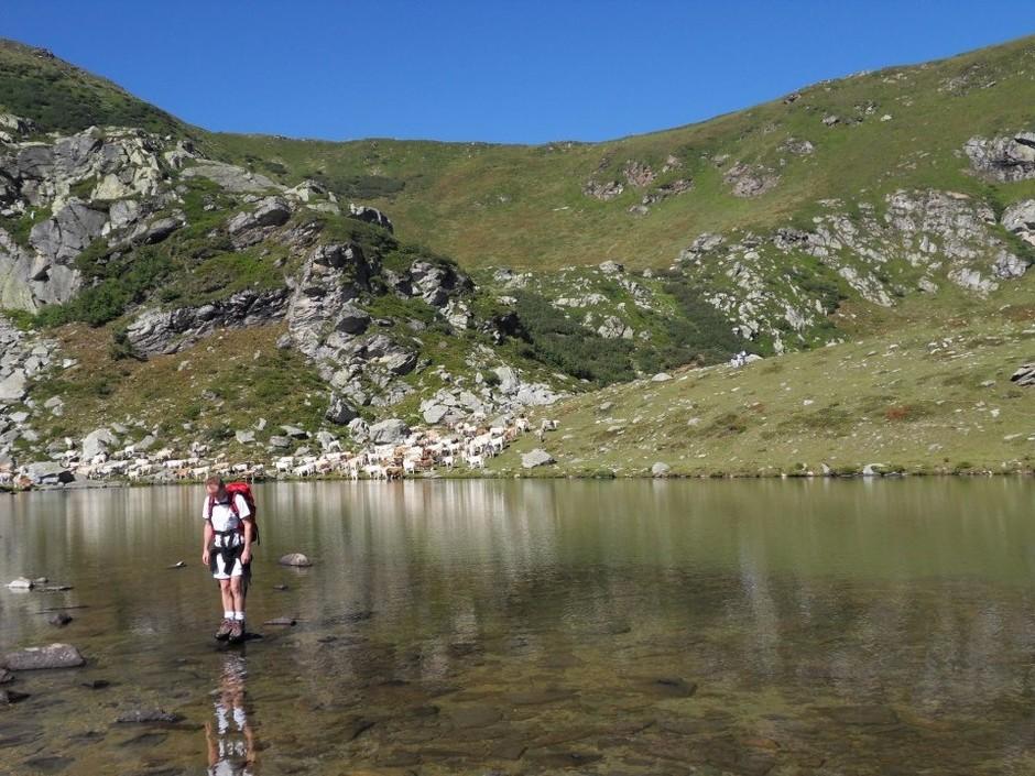 Paesana (CN): a Pian Munè è il momento del trekking ai Laghi Luset